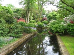 Holland Ke canal garden